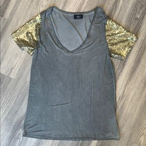 Vici grey t shirt with gold sequin sleeves